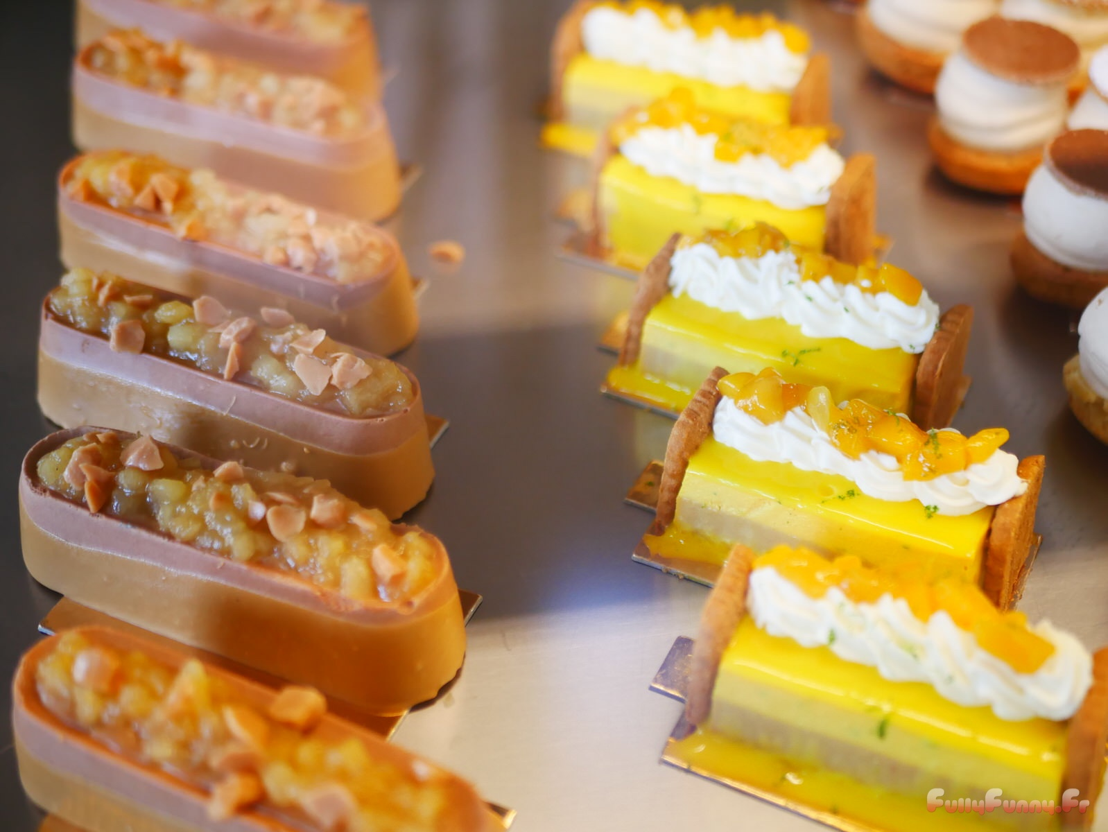 J\u0027ai été plus que charmée par le design des pâtisseries joliment finies.  c_p1040229